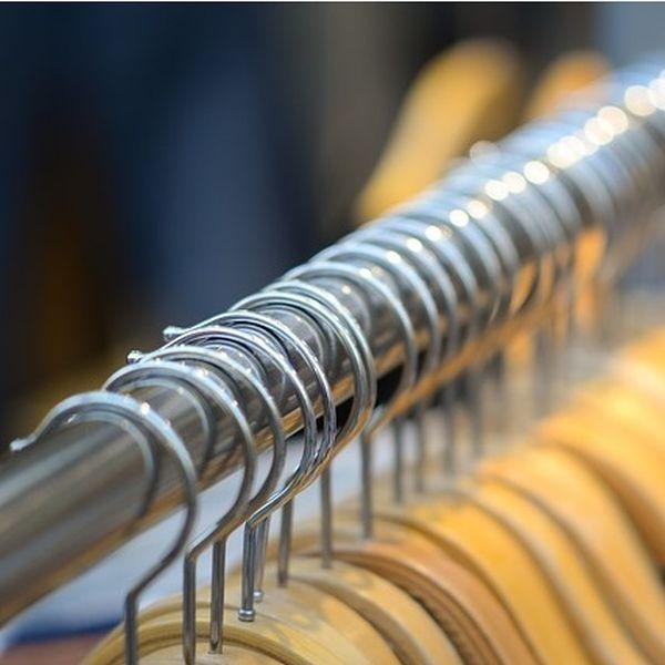 Wirkung Von Zedernholz Gegen Motten Im Kleiderschrank